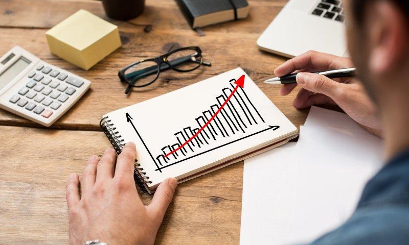 Как начать инвестировать с малой суммой денег